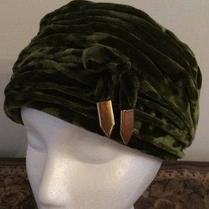 Vintage Crushed Velvet Turban Style Hat
